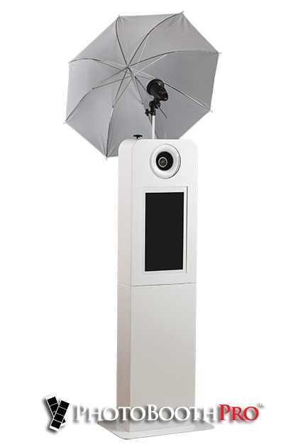 Selfie Max Photo Kiosk with professional umbrella light